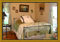 Things From The Attic | Breeden Inn Bed and Breakfast - Bennettsville, SC